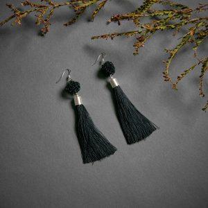 Peacock tassel earrings – Black