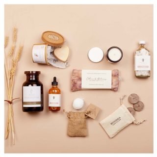 Our BRAND NEW The Apothecary Gift Box has dropped!  This makes for the perfect night in - self care products made by our brilliant Sisters!  This box includes:  💜bVitra's lavender and peppermint foot soak, created by Lila, using only the finest essential oils 💜bee one of a kind's CALM bath soak and LUNA shine body oil, 100% cruelty free, hand crafted by Melissa using only natural ingredients 💜Ethics & Alchemy Peace Silk Eye Pillow, filled with ethically sourced crystals and handmade by Amber 💜Art'N Green Galah Heart Soap, with Flinders Island Rosalina & French Pink Clay, handmade by Helene in the wilds of Tasmania 💜resonance tea's Chillax blend , an artisan herbal tea handmade by our Sister Aly with organic ingredients 💜MOVINKA's Tuscany candle, hand poured by Nathalia Meet the Makers Card  Shop now on our Marketplace - limited stock only, so get in quick!