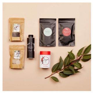 Let us introduce you to....our BRAND NEW First Nations Bush Foodie Gift Box!  Jam packed with delicious goodies from our First Nations Sisters, you can get ready to up your food game BIG TIME!  This box includes:   💜 Goanna Hut's Energize Tea, made by Jo-Ann. 💜Chocolate on Purpose's White Chocolate with Illawara Plum (Daalgaal) and Dark Chocolate with Rainforest Lime (Dooja) made by our Sister Fiona. 💜Warndu's Dukkah, Dried bush tomatoes and Native Thyme olive oil by our Sister Rebecca  We've only got limited stock, so be quick and SHOP NOW!